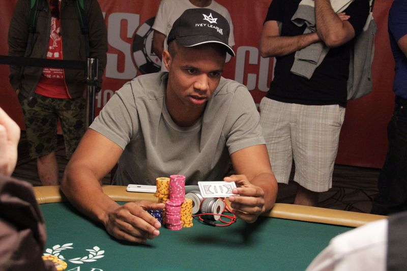 Poker Pro Phil Ivey's Tweet Appears On SportsCenter During Derek Jeter Segment