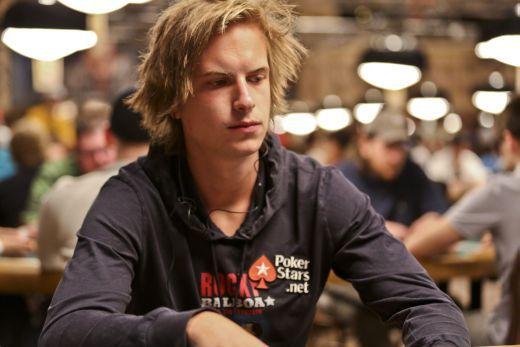 Online Poker: Viktor Blom Win $385000